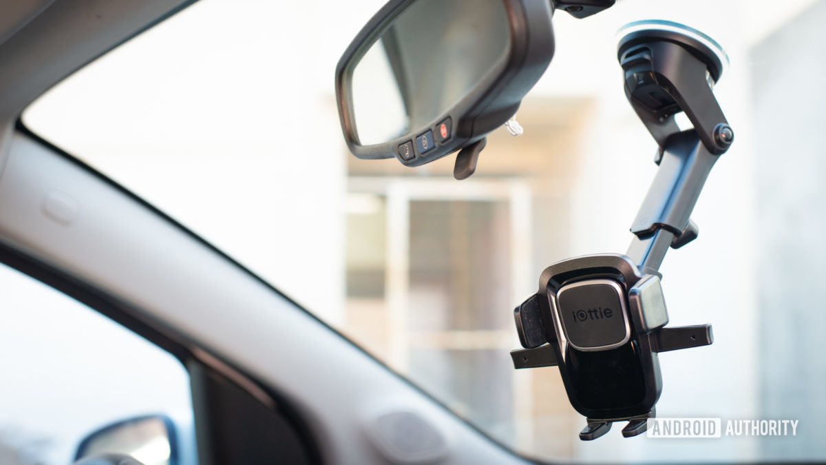 Iottie Easy One Touch 4 car mount review 2