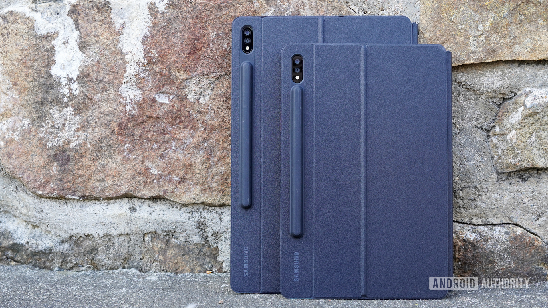 Samsung Galaxy Tab S7 together standing