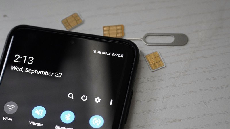 Galaxy S20+ 5G network with SIM cards